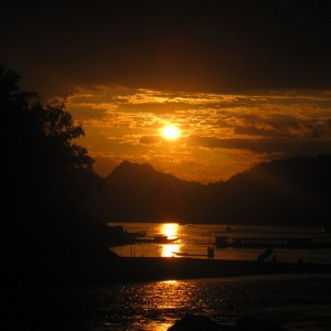 mekong river sunset laos